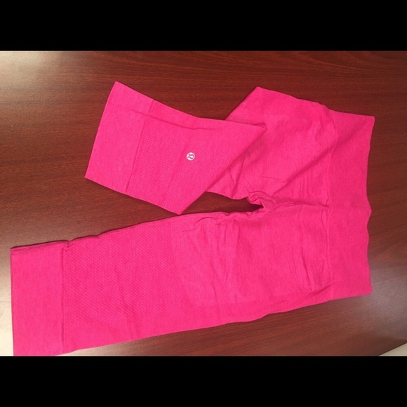 lululemon athletica Pants - Lululemon Pink crop pants size 10